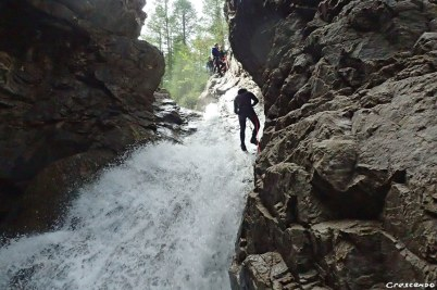 Canyoning Hautes-Alpes, apprendre le canyon, guide de canyoning, moniteur canyon