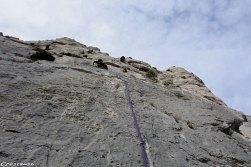 Séjour Calanques, tête de la Mounine, escalade par mistral, moniteur d'escalade