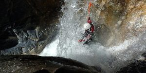 whitewater canyoning, canyoning discovery, canyon south alps