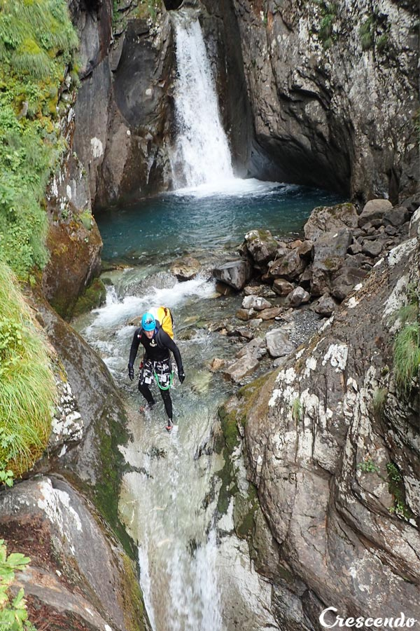 canyoning sportif, canyoning expert Guillestre, guide canyon