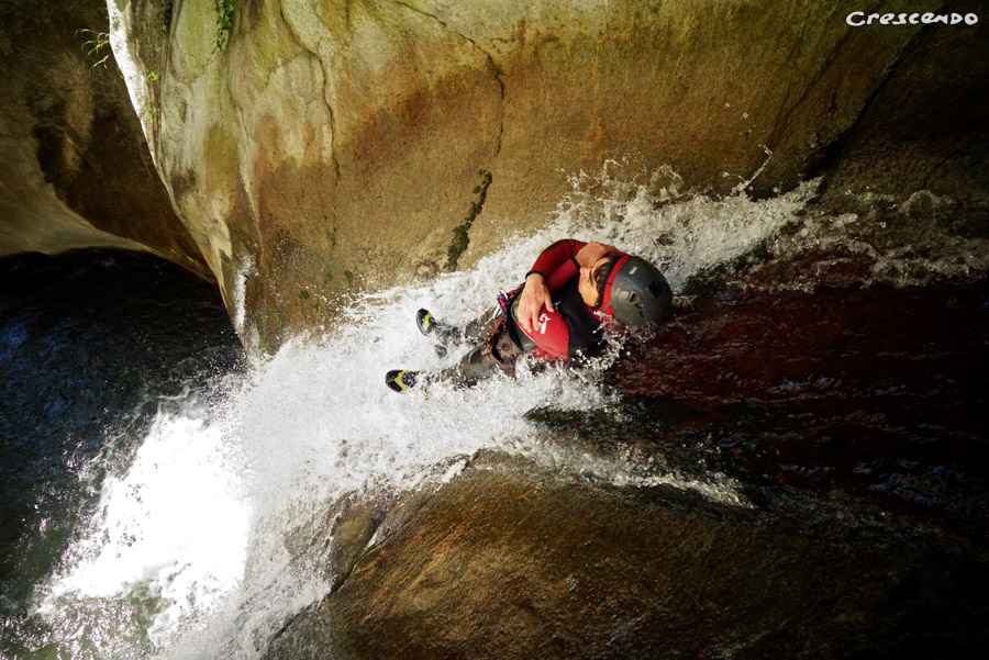 funny canyoning, sporty canyoning guillestre