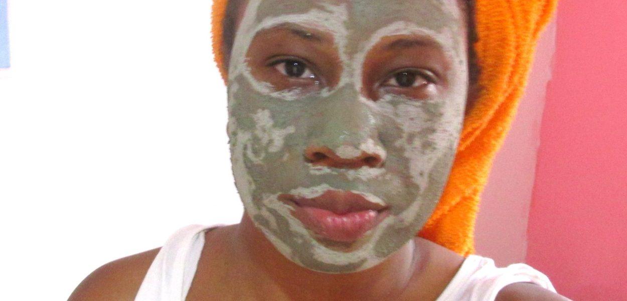 Máscara de argila verde em pó, testei e olha o que achei. #argilaverde #spaday #máscarafacial #máscaracomargila