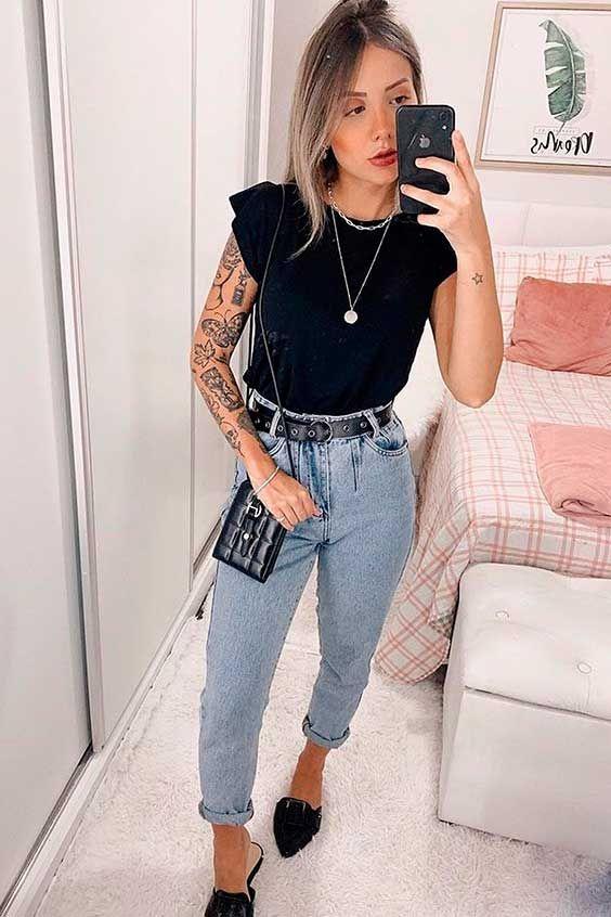 muscle tee com calça jeans