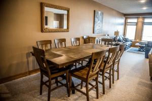 Okoboji Resort Living Room and Dining Room