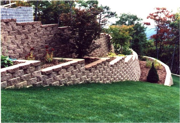 Multi-Tiered Structual Retaining Wall
