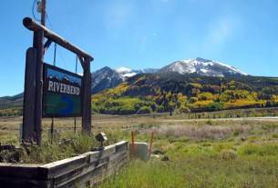 riverbend neighborhood and subdivision near crested butte