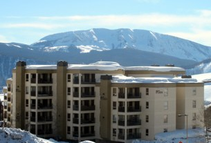 plaza at wood creek condo in crested butte