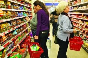 cumparaturi-in-hipermarket1