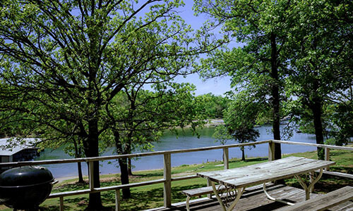 2 bedroom 2 bath crest lodge table rock lake