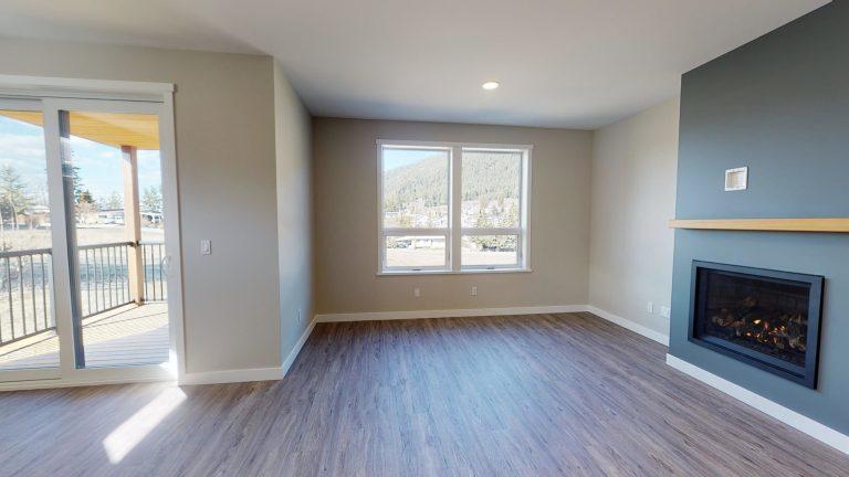 CR Kasper Hillside livingroom