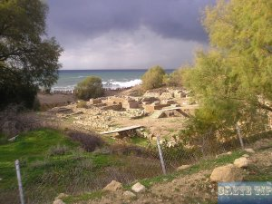 Excavations on the beach of Kommos.