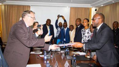 Photo of France-RDC: signature d'une convention de 15 millions $US en faveur de l'agriculture