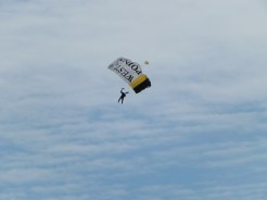 09 Parachute team drop