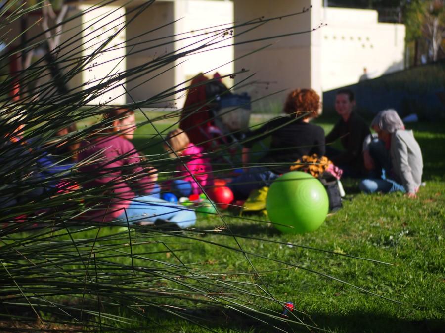 Rincón de los bebes y mamás modo charla con otras familias