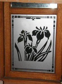 barhroom-window-1