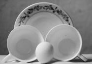 Huevo y porcelana: iguales y diferentes. Foto: Sheyla Valladares