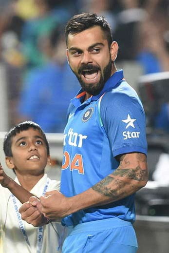 Virat Kohli little fan 3