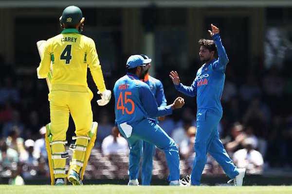 Rohit-Sharma-catch