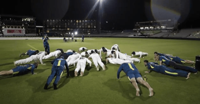 Australia push up celebration