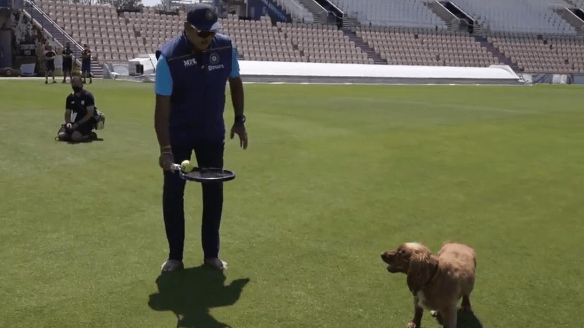 Ravi Shastri with dog