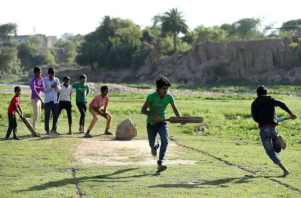 गली क्रिकेट और गली क्रिकेट के नियम