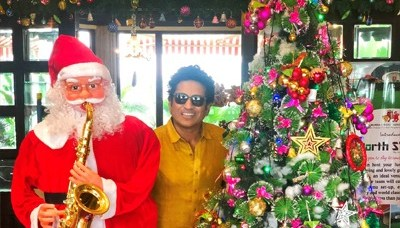 Cricketers around the world celebrate Christmas 6