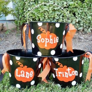 You can create personalized holiday buckets for kids during the holidays!