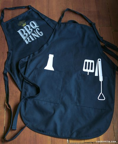 Make a barbecue apron for the husband as a Father's Day gift.