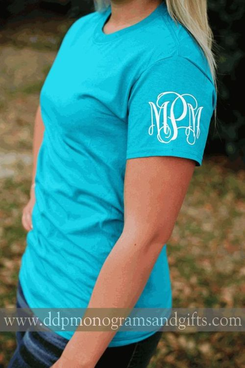 Love this monogram on the sleeve of this t-shirt!