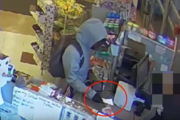 VIDEO: Overvaller geeft briefje met tekst: 'Sorry, ik heb een ziek kind!'