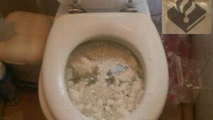 wc verstopt amfetamine