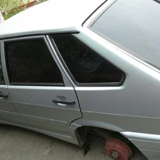 Неизвестные «раздели» авто в Симферополе