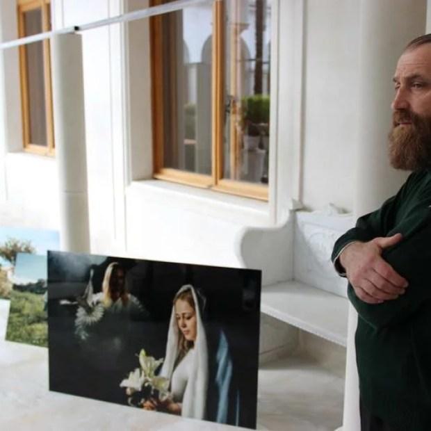 В Ливадийском дворце открылась фотовыставка «Простые святые»