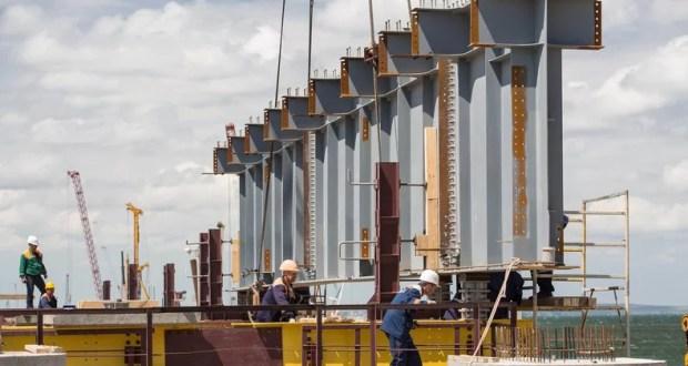Керченский мост: начался монтаж пролетов