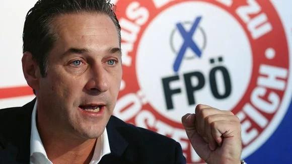 оппозиционной Австрийской партии свободы Хайнц-Кристиан Штрахе