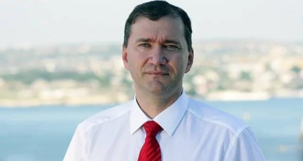 победил Дмитрий Белик