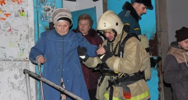 На пожаре в Симферополе эвакуированы 68 человек