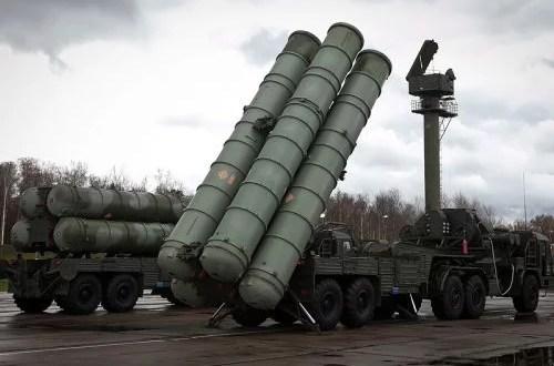 """Крым – под прикрытием ракетной системы С-400 """"Триумф"""""""