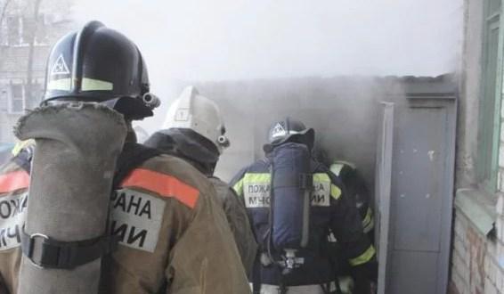 В Севастополе два бомжа чуть не сожгли пятиэтажный дом