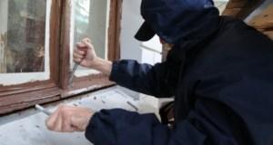 Ялтинские оперативники задержали «домушников» по «горячим следам»