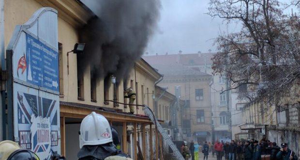 В Севастополе горел магазин швейной фабрики им.Н.Ониловой