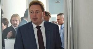 РБК: врио губернатора Севастополя – «в изоляции», но «не топтал» предшественника