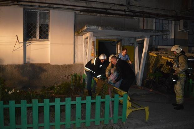 Пожар в Севастополе: выгорела квартира. Её хозяин оказался в эпицентре событий