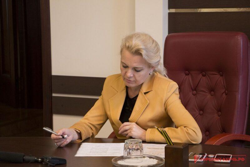 Глава Керченского городского совета Лариса Щербула ушла в отставку