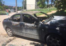 В Севастополе ночью сгорела «Ауди», припаркованная во дворе многоэтажки