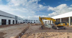 Монтаж фасадов и кровли технических зданий нового терминала аэропорта Симферополя завершён