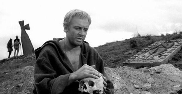 «Крестовый поход» на Севастополь, или «вскрытие» похоронной системы