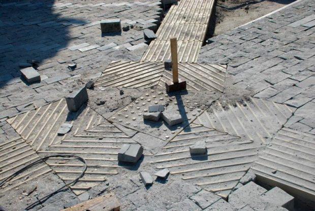 В Евпатории завершают дорожные работы на улицах Водоразборная и Красноармейская