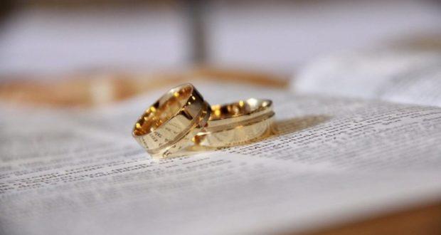 Любви все возрасты покорны. В Крыму зарегистрировали брак 74-летний жених и 69-летняя невеста