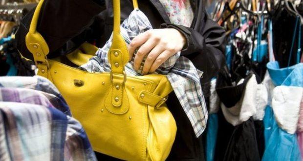 В Симферополе задержали магазинную воровку. На ее «счету» кражи в двух десятках магазинов